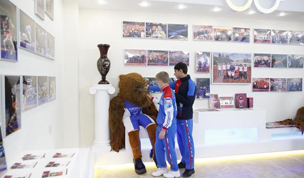 Учащиеся в Музее спорта РД